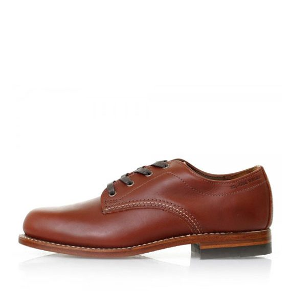 51693cc47455a5 Size  569 × 569 in Wolverine-1000-Mile-Oxfords-Redwood-1